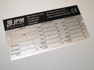 Jednorázový kovový tisk