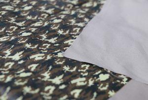 Textilní tiskový vzor 1 digitálním textilním tiskacím strojem WER-EP7880T